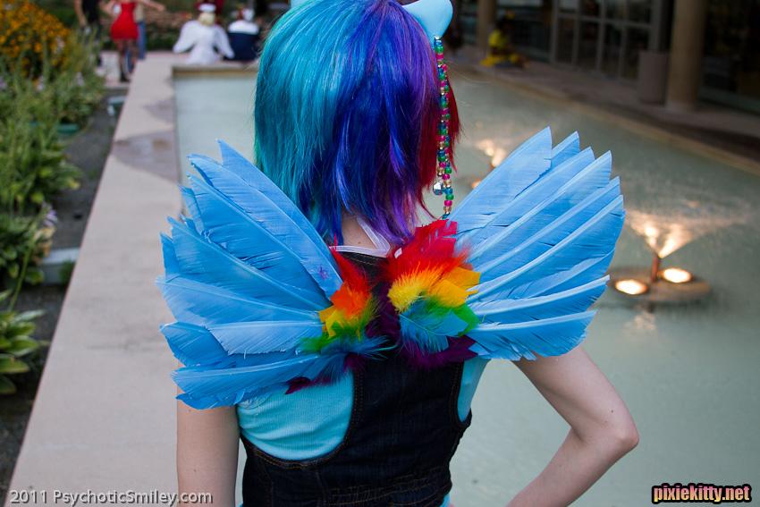 Как сделать костюм пони радуги своими руками